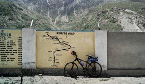 vélo de montagne voyage 300x174 - Ordinateurs de vélo vs Smartphones: de quoi avez-vous besoin?